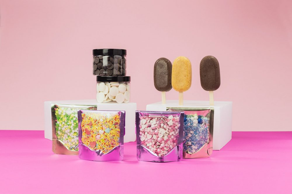 lieblingsstreusel-cakesicle-dekorating-box-backset-mit-zuckerstreuseln
