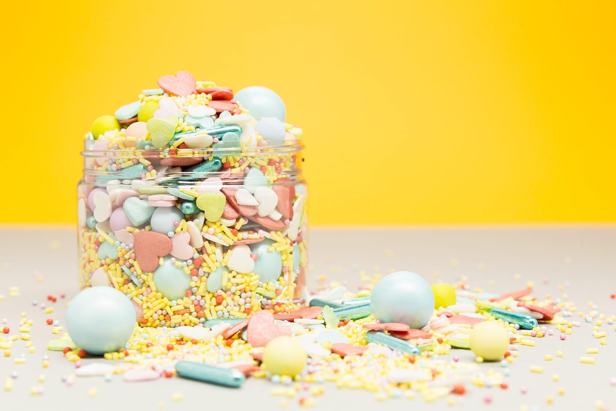 lieblingsstreusel-gemischte-zuckerstreusel-rainbow-pop-regenbogenfarben-zuckerstreuselmischung