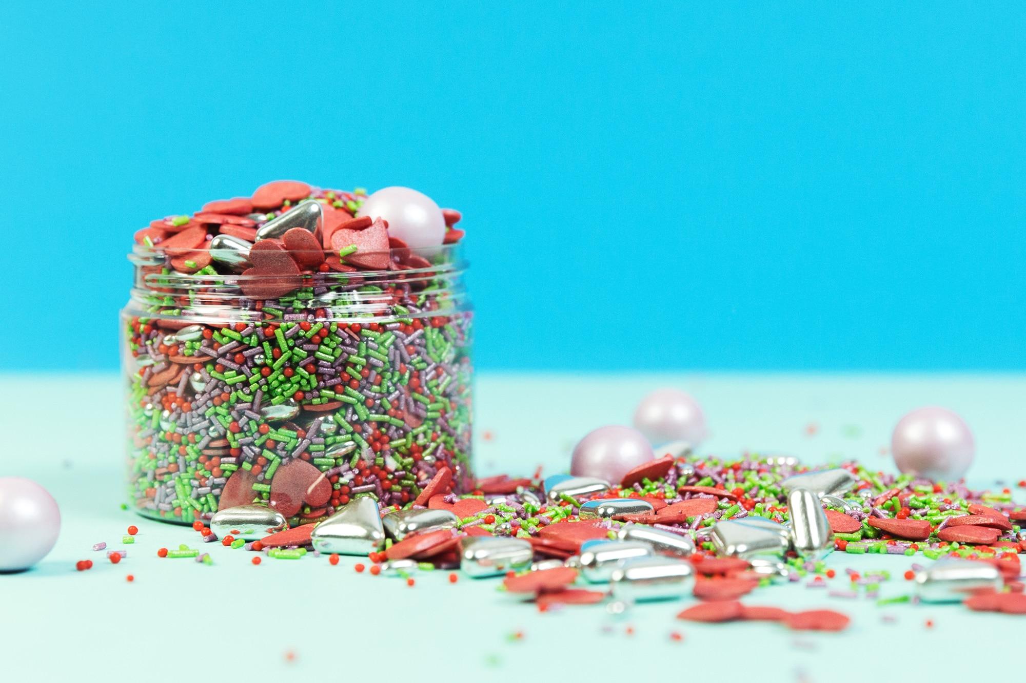 Eine fantastische Mischung von Zuckerstreuseln fuer jeden Anlass. Bunte Zuckerstreusel von Lieblingsstreusel