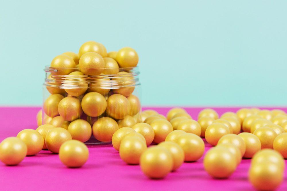 Die goldenen Schokoladen Knusperperlen von Lieblingsstreusel - die leckersten Zuckerstreusel die es gibt