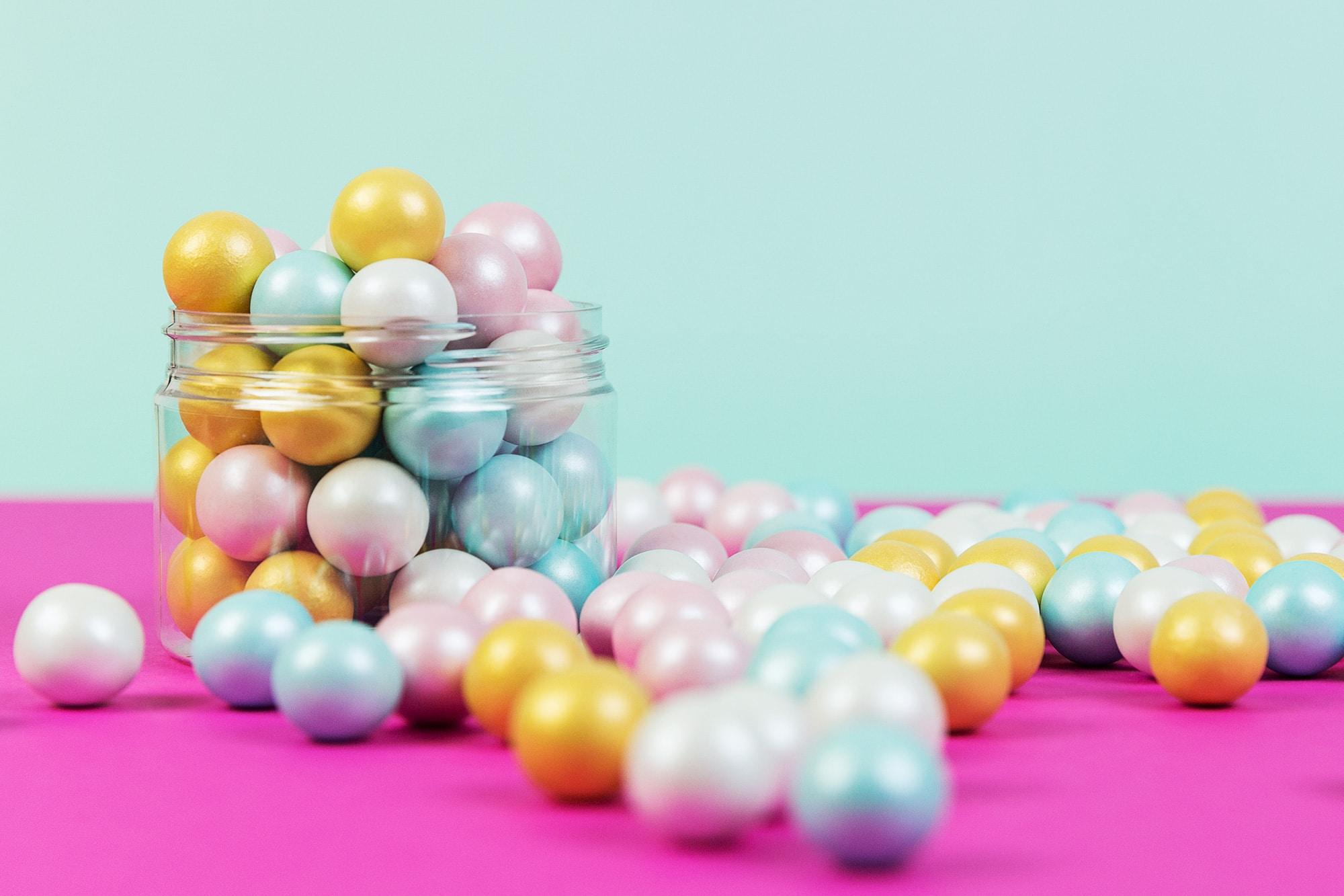 Die bunten Schokoladen Knusperperlen von Lieblingsstreusel - die leckersten Zuckerstreusel die es gibt